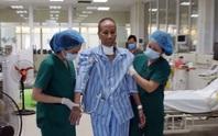 Nhiều lần ngừng tuần hoàn, bác gái bệnh nhân 17 khỏi bệnh sau gần 3 tháng mắc Covid-19