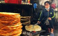 Ăn đã thèm đặc sản miền Trung ở chợ Bà Hoa