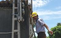 Hoá đơn tiền điện tăng vọt: Vì sao sai sót ghi chỉ số công tơ vẫn còn?