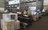 Phát hiện lô hàng lậu đi máy bay về Nội Bài, chủ hàng mất tăm