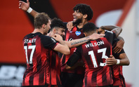 Leicester thua ngỡ ngàng Bournemouth, Man United được tiếp sức vào Top 3