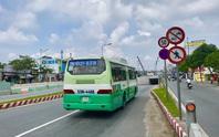 Ngổn ngang xe buýt