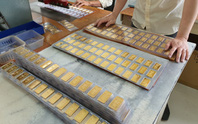 Giá vàng SJC tăng sốc, cán mốc 57 triệu đồng/lượng
