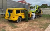 Bắt quả tang 2 chiếc xe VIP… nhập lậu ở Quảng Bình