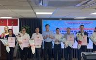 Lần đầu tiên Sở TN-MT TP HCM làm lễ trao 1.000 sổ hồng