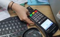 Coi chừng ôm cục tức khi xài thẻ tín dụng