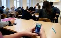 Học sinh dùng điện thoại trong lớp: Đừng mượn danh đổi mới!