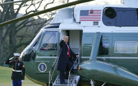 Tổng thống Donald Trump rời Nhà Trắng