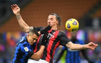 Người hùng Ibrahimovic hóa tội đồ, AC Milan thua ngược Inter ở Cúp quốc gia Ý
