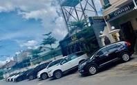Giá thuê xe tự lái tăng chóng mặt