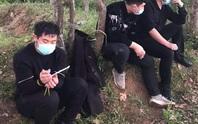 Nhóm người Trung Quốc bỏ chạy tán loạn sau cuộc gọi khẩn của người dân