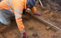 Xây nhà, tìm thấy kho báu thợ săn 9.000 năm tuổi