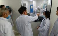 Việt Nam nỗ lực phủ sóng vắc-xin Covid-19 (*): Ưu tiên sản xuất vắc-xin trong nước