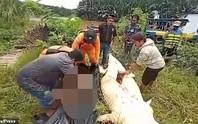 Hãi hùng bé trai 8 tuổi bị cá sấu nuốt chửng ở Indonesia