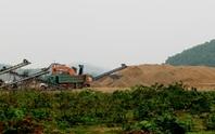 Vụ lợi dụng dự án để khai thác cát: Có cái quái gì mà các ông xông vô