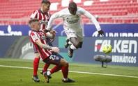 Benzema cứu Real Madrid, Atletico nợ chồng chất trận derby thủ đô