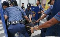 Cảnh sát Philippines giết nhầm thị trưởng và 2 trợ lý