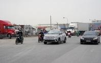 CLIP: Cảnh xe điện VF e34 vi vu trên đường phố Hải Phòng
