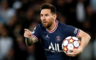 Messi lập cú đúp bàn thắng, PSG vững ngôi đầu bảng Champions League