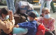 Cận cảnh hơn 700 người được quân đội đưa từ TP HCM về miền Tây