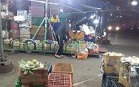 Hàng hóa tấp nập về chợ đầu mối Hóc Môn sau gần 4 tháng vắng lặng