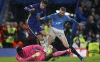 Chelsea mở đại tiệc ở Stamford Bridge, mơ tranh ngôi đầu Champions League