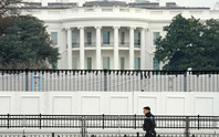 Mỹ trừng phạt, trục xuất 10 nhà ngoại giao Nga