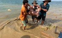 Người dân kéo lưới tìm thấy thi thể người đàn ông ở hồ Trị An