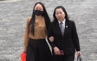 Vì sao hoãn phiên tòa phúc thẩm vụ tài xế xe Mercedes tông nữ tiếp viên hàng không?