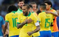 Siêu hậu vệ 38 tuổi Dani Alves trở lại đội tuyển Brazil