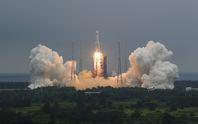 Phát hiện tung tích mảnh vỡ tên lửa Trung Quốc sắp rơi xuống trái đất