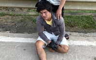 Bị yêu cầu khai báo y tế, thanh niên đánh 2 CSGT bị thương