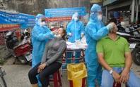 TP HCM: Ca nhiễm SARS-CoV-2 đi chợ, xét nghiệm khẩn 420 người