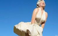 """Bị phản đối, tượng Marilyn Monroe """"tốc váy"""" vẫn được đặt ở nơi công cộng"""