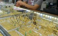 Giá vàng hôm nay 25-6: Vàng trong nước giảm nhỏ giọt