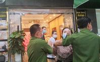 Dựng lại hiện trường phóng viên bị hành hung ở thẩm mỹ viện Minh Châu Asian Luxury