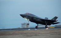 Tia sét tấn công tia chớp F-35B của Mỹ