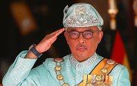Quốc vương Malaysia khiển trách chính phủ vì bị qua mặt