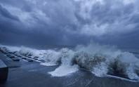 Trong 1 ngày, bão Lupit đổ bộ Trung Quốc 2 lần