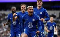 Tottenham thua tan tác sân nhà, Chelsea lên đỉnh bảng Ngoại hạng Anh