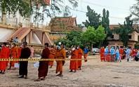 Số ca Covid-19 tăng mạnh, Campuchia hủy lễ hội lớn