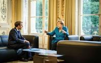 Bà Merkel ra đi, cơ hội vàng cho tổng thống Pháp?