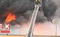 Cháy Trung tâm thương mại của người Việt tại Séc