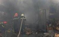 Nổ can xăng, cả nhà bỏng nặng