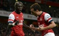 Cazorla và Ramsey nhấn chìm Liverpool tại Emirates