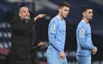HLV Guardiola nói gì khi Man City chiếm ngôi đầu bảng của Man United?