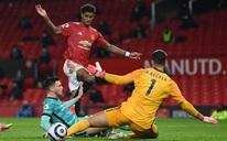 Đại tiệc 6 bàn thắng, Man United lại gục ngã sân nhà