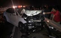 Hai vợ chồng và con trai chết thảm sau cú va chạm với ôtô
