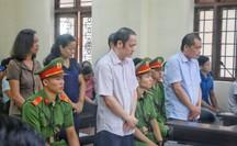 Gian lận điểm thi ở Hà Giang: Nhờ xem điểm lại được nâng điểm!