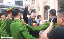 """Thiếu tướng Nguyễn Hữu Cầu lên tiếng về hiện tượng Khá """"Bảnh"""" sau phiên tòa"""